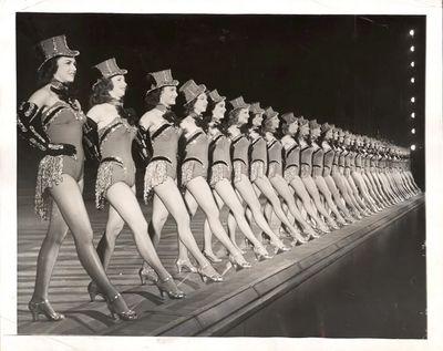 1953rockettes-1